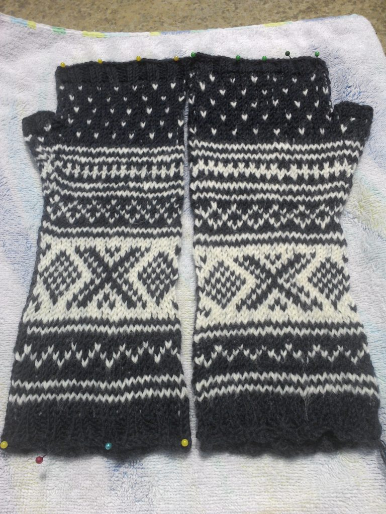 Nordic Knitting Wrist Warmers Saturday Night Stitch